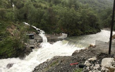 Flomtest av dam og inntak på Mork
